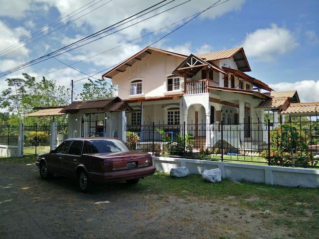 Hermosa Casa de Campo en Penonome, Panama - Penonome Chigore  - Ev
