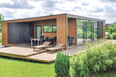 Holiday cottage with 4 bedrooms