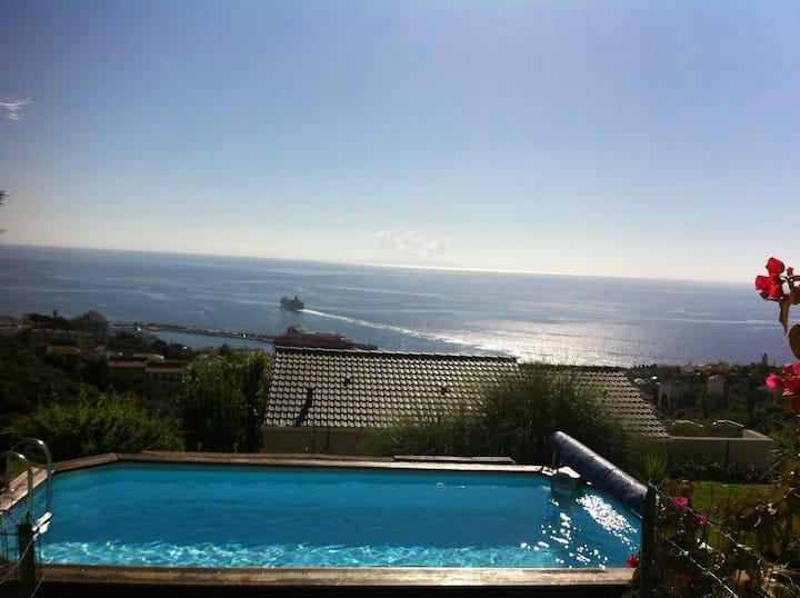 Charmant studio sur les hauteurs d Bastia vue mer