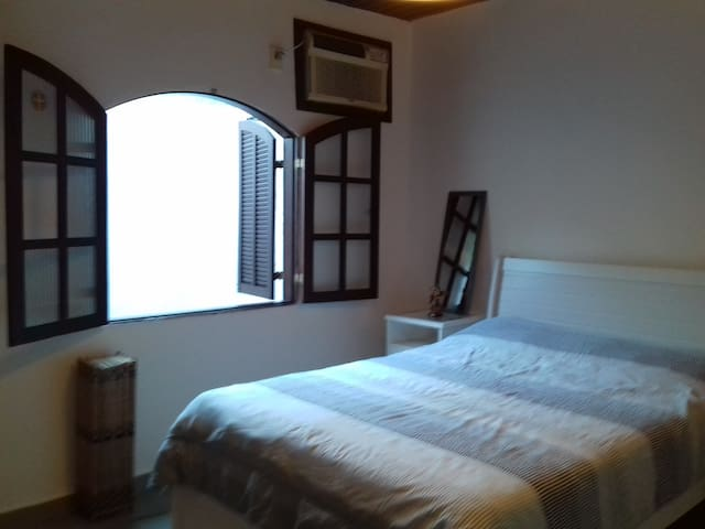 casa confortável na Barra da Tijuca