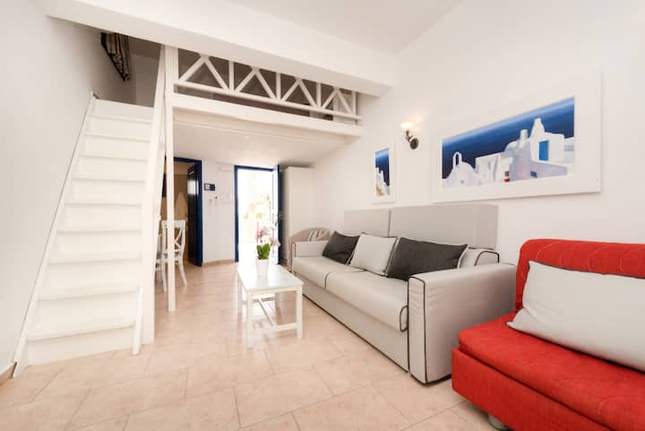 Grand Suite  with sea and pool view, Akrotiri
