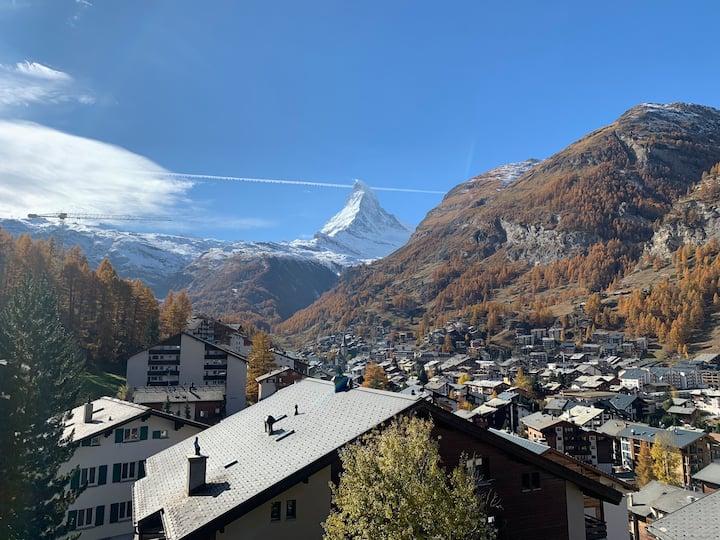 Moderne Wohnung mit Matterhornblick