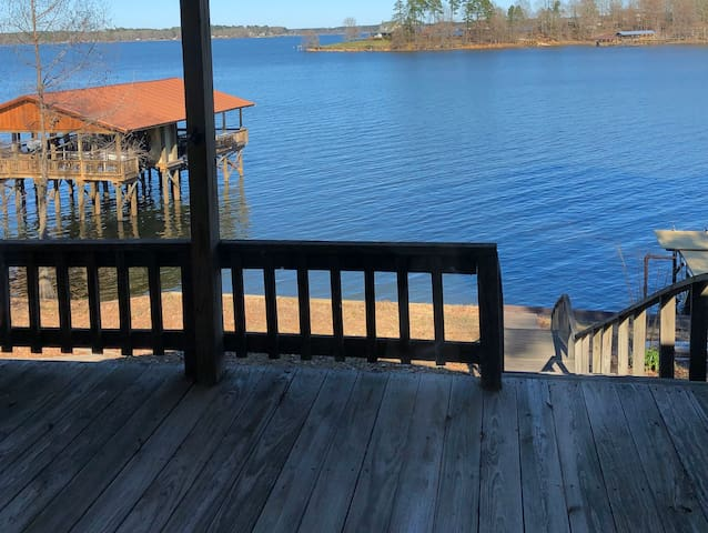 THE Cajun Cabin - New Listing - Mid lake