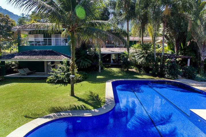 Ang021 - Luxury beach house in Angra dos Reis