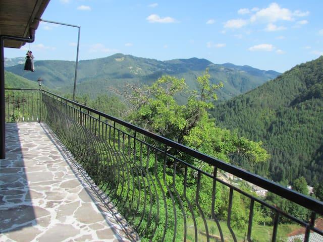 Balcony on Top floor