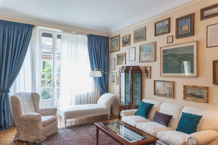 Charming 300 sqm villa a few minutes from downtown - Torino - Villa