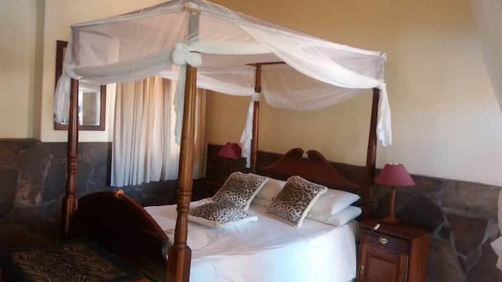 An Oasis in the desert Single Bedroom 1