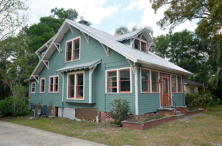 Just Finished Historic Renovation! - DeLand - Rumah