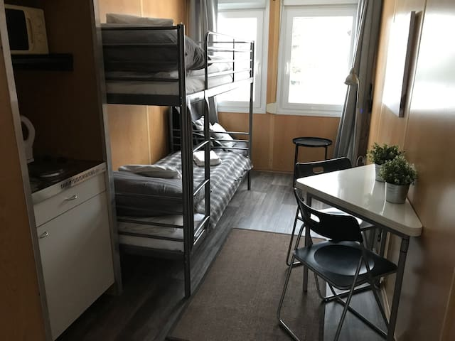 Compact container (no 1) 30 min from  Oslo airport