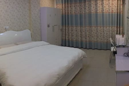 义乌市中心交通便利赵宅步行街欧式全新单身公寓 - 金华 - Apartment