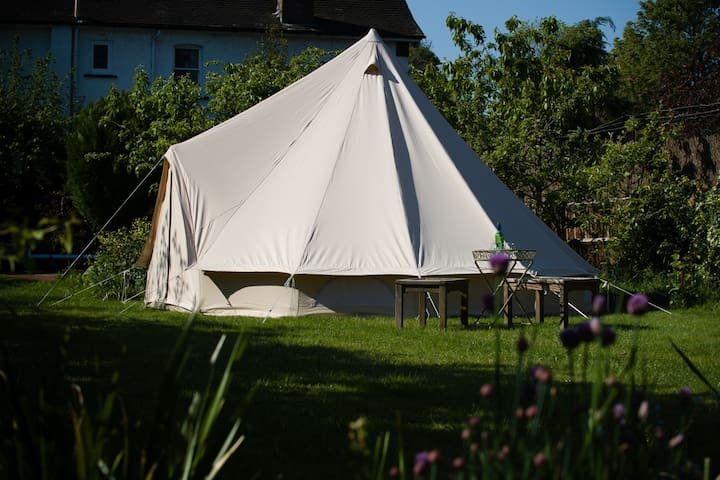 Boutique Camping B&B in Secret Garden with Pool