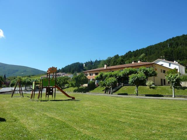 Jardín y parque infantil