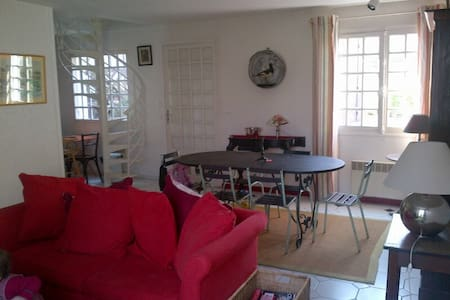 Loue maison de charme 80m²2 chambres à Villerville - Villerville