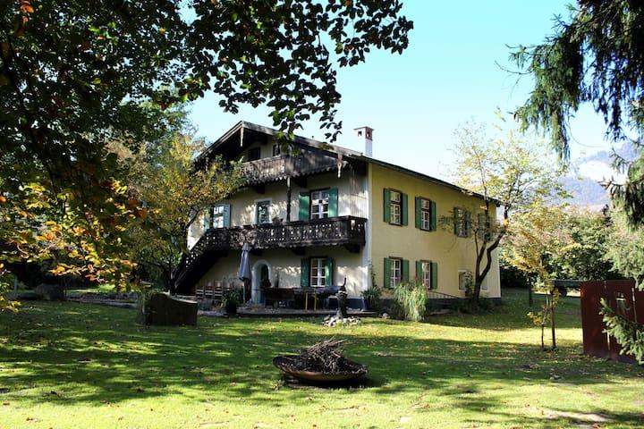 Gästehaus am Kraftplatz Claudiaschlössl - Kramsach