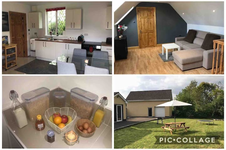 Holiday Home Free Breakfast Self Contained & Clean