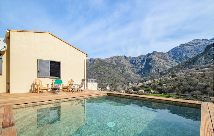 Holiday cottage with 4 bedrooms on 100m² in Feliceto