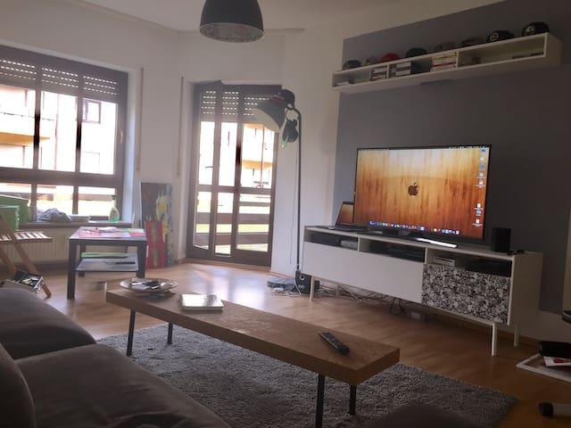 Moderne und gemütliche Wohnung in Karlsruhe - Karlsruhe - Pis