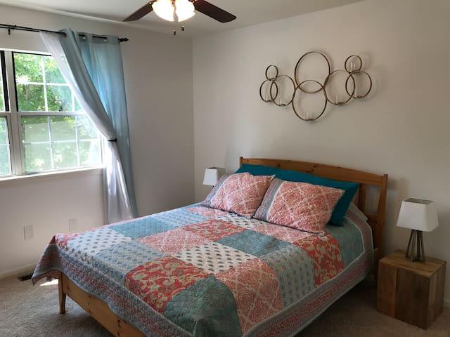 Private Room in Ann Arbor Condo