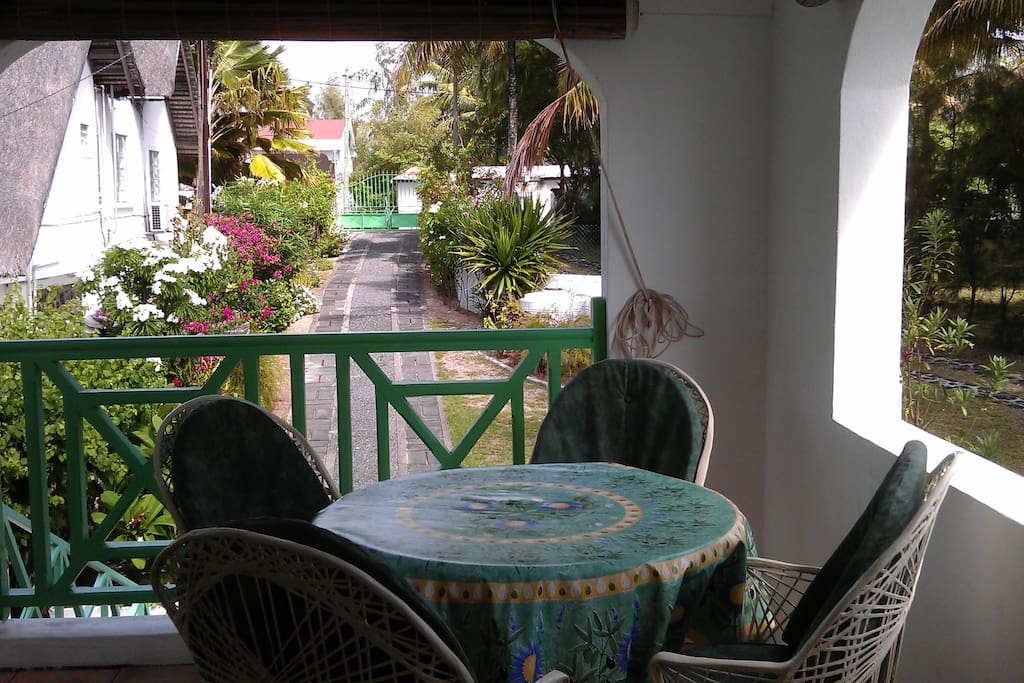 Veranda facing the road