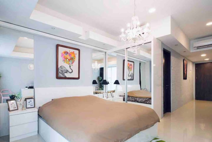 Stylish DT Studio Kemang Village Mall