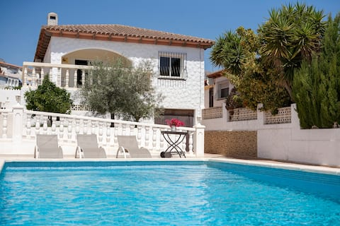 Fantastic villa with private pool and 3 bedrooms