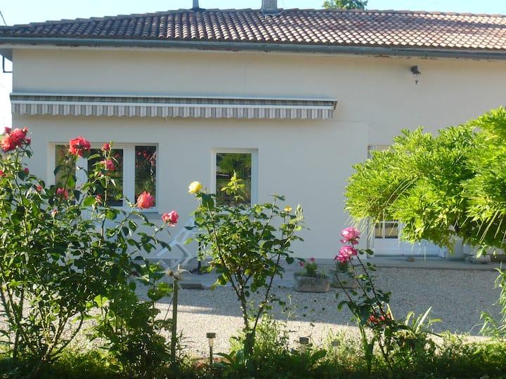 Maison de campagne à Jonzac 3 chambres