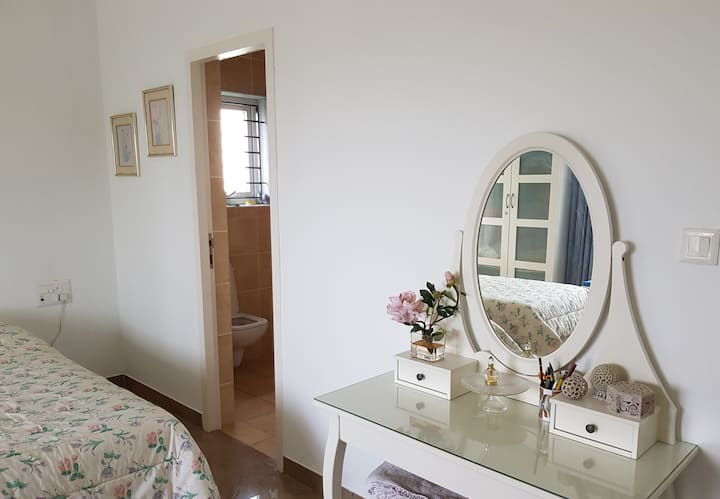 Homestay double room on the ECR