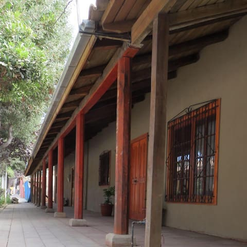 Hostal Aromos del Valle - Lolol, VI Región. Chile