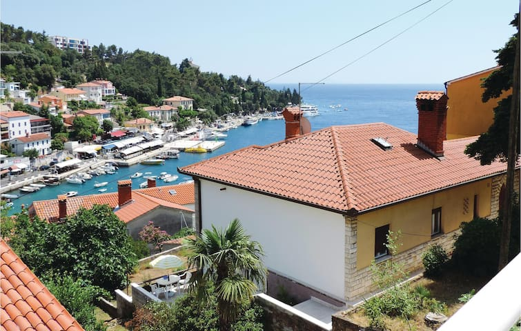 Holiday apartment with 1 bedroom on 25m² in Rabac