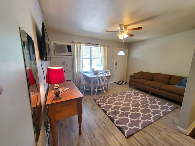 1215D Tulane for Work or Short Stays