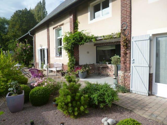 Ancienne grange à foin - Saint-Jean-du-Cardonnay - บ้าน