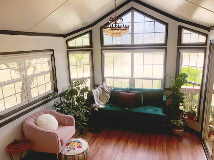 The Greenhouse:custom plant filled tinyhome w/loft