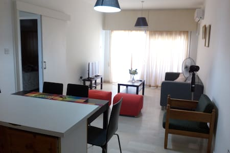 River Beach Apartment, Block B, Apt 203 - Germasogeia - 公寓