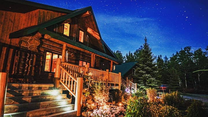 Wilderness Escape, Log Cabin, Sauna, Hot tub