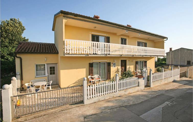 Holiday apartment with 1 room on 28m² in Liznjan