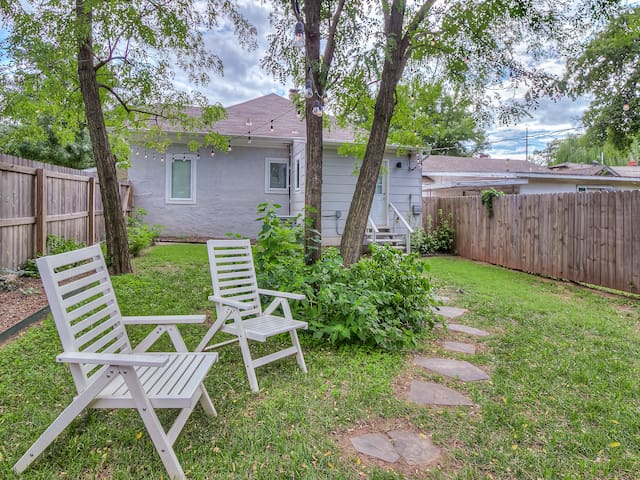 Fenced Back Yard (but please, no pets due to allergies) Please note: backyard is shared with our neighboring property