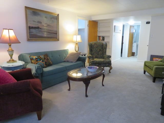 Comfort on Cribbon   UNIT B   1 bedroom/sleeps 2