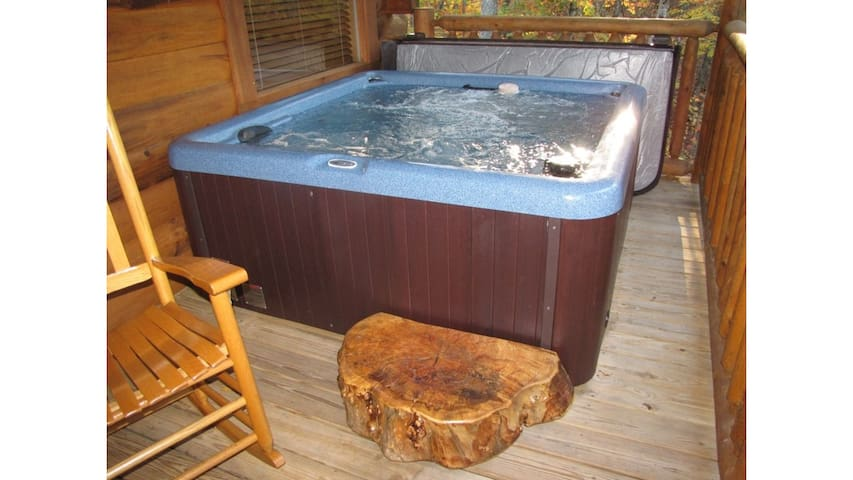 Hot tub on Back Porch