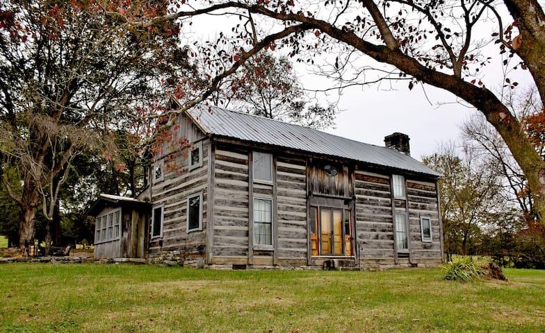 Log Cabin Nashville Tn., Pre-Civil War Walnut Hill