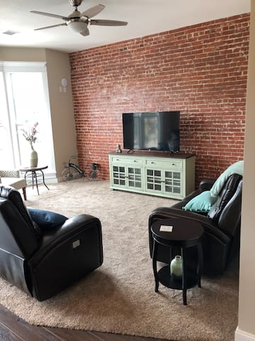 Experience the Lofts-Beck Suite