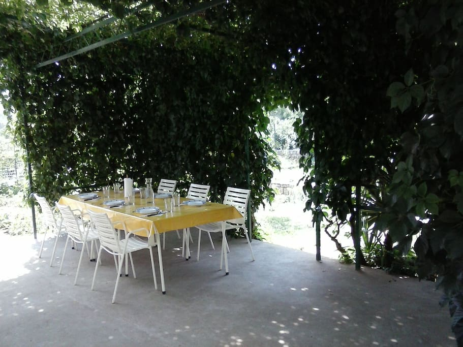 Patio includes table for 6. Extra tables and chairs are available, if needed.