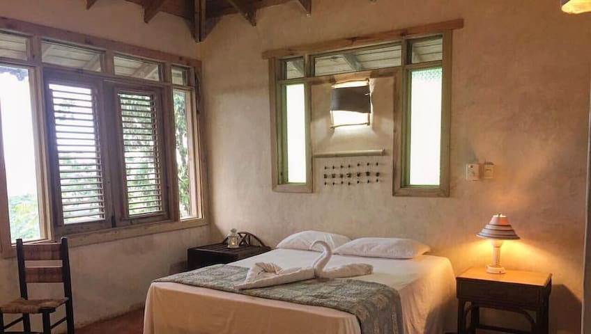 Eco-friendly place Los Haitises+Breakfast 2 Guests