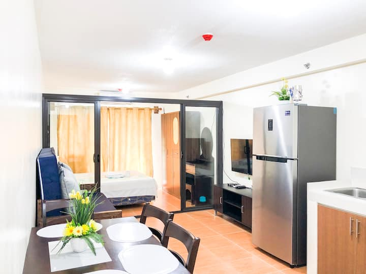 Affordable Resort Inspired Condo with Wifi