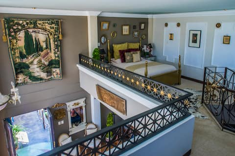 Konstantino Exclusive Suite near Antigua Guatemala