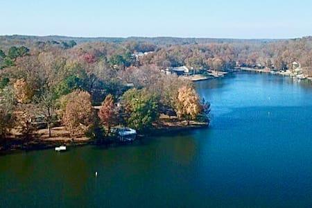 Starlight Lake Lodge on Lake Thunderbird