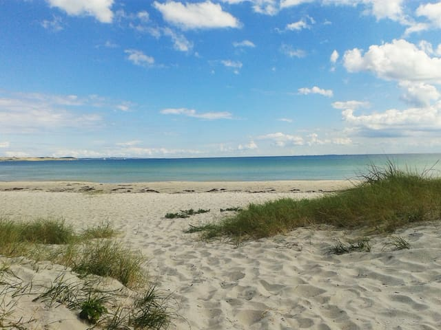 Lovely beach home 15 minutes from Aarhus - Риссков - Дом