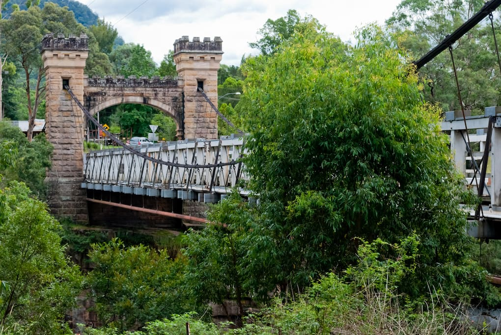 Historic Hampden Bridge