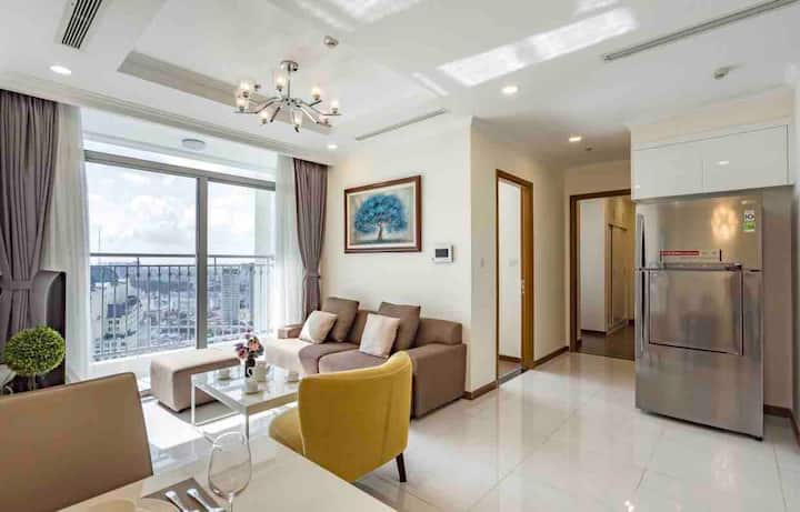 2BRs THE BEST CONDO VINHOMES - Whole View HCMC