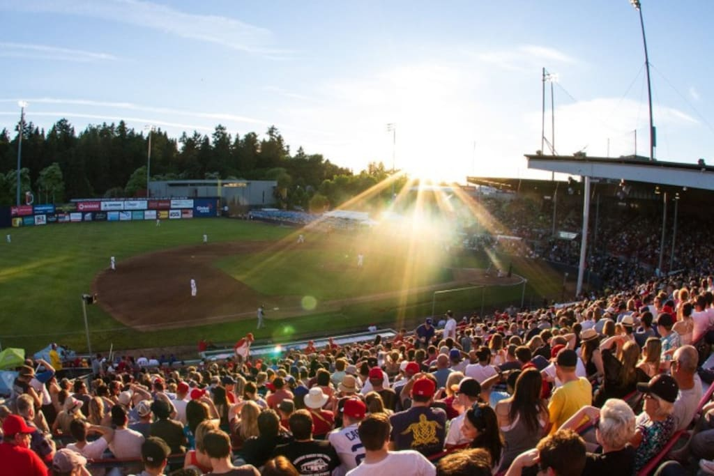 We live across from  Nat Baliy stadium where the Vancouver Canadians play