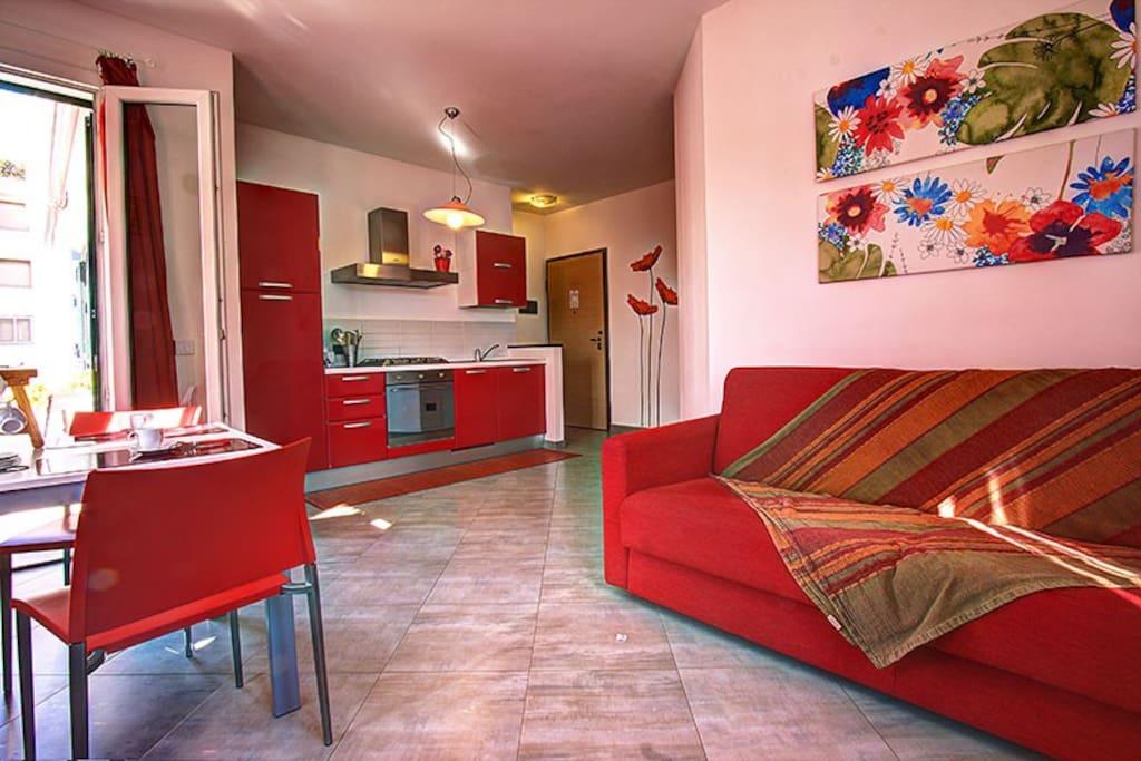 interno appartamento rosso